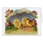 Vintage feliz de los polluelos de Pascua Felicitación