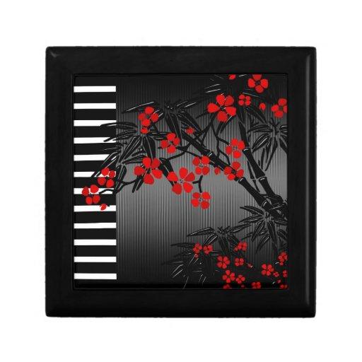 Vintage floral negro rojo asiático de la caja de joyero cuadrado pequeño
