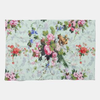 Vintage Floral Pattern Towel