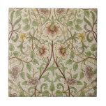 Vintage Floral Wallpaper Design - Daffodil Tiles