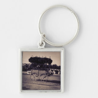 Vintage Flower Carriage Key Chain