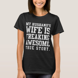 Vintage Freaking Awesome Wife T-Shirt