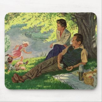 Vintage Fun Family Picnic Under a Shade Tree Mouse Pad