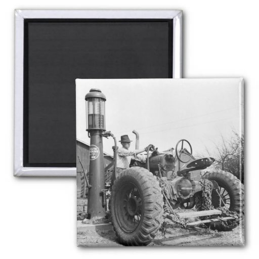 Vintage Gas Pump on the Farm, 1940s 2 Inch Square Magnet