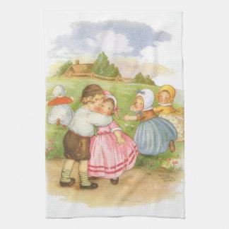 Vintage Georgie Porgie Mother Goose Nursery Rhyme Towel