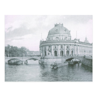 Vintage Germany, Berlin Kaiser Frederik Museum Postcard