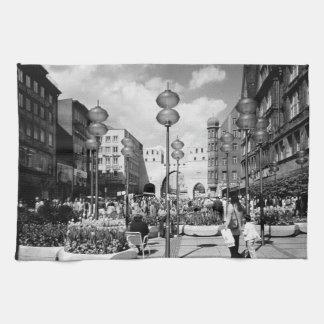 Vintage Germany Munich Towngate Karistor 1970 Kitchen Towel