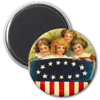 Vintage Girls Round Magnet