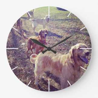 Vintage golden retriever dogs lined up wall clock