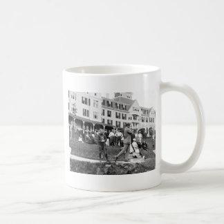 Vintage Golf, 1890s Classic White Coffee Mug