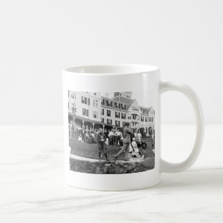 Vintage Golf, 1890s Coffee Mugs
