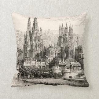 Vintage gótico del chapitel del castillo de España Cojines