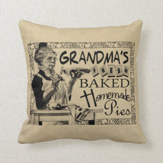 Vintage Grandma's Homemade Pies Gifts Throw Pillow