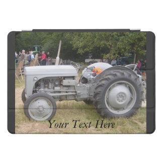 Vintage Gray massey fergison tractor  iPad Pro Cover