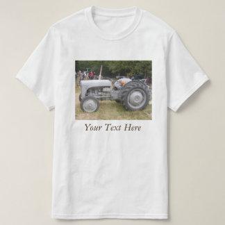 Vintage gray massey fergison tractor retro photo T-Shirt