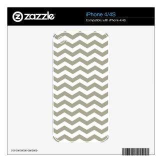 Vintage Grey White Chevron. Zigzag Pattern Skin For iPhone 4