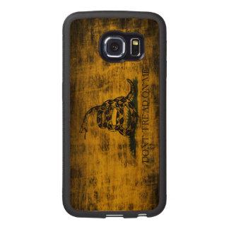 Vintage Grunge Don't Tread On Me Flag Wood Phone Case