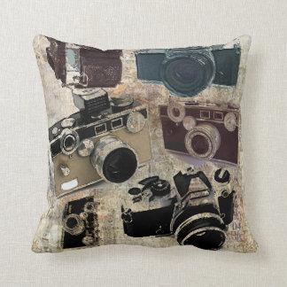 Vintage Grunge Retro Cameras Pattern Throw Pillow