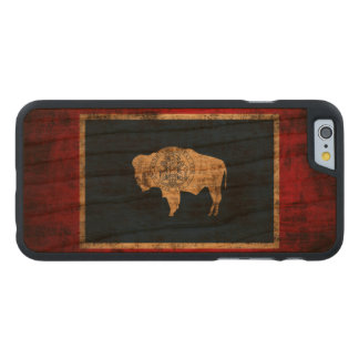 Vintage Grunge State Flag of Wyoming Carved® Cherry iPhone 6 Case