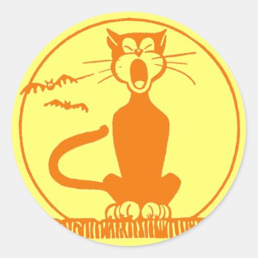 Vintage Halloween Black Cat Classic Round Sticker