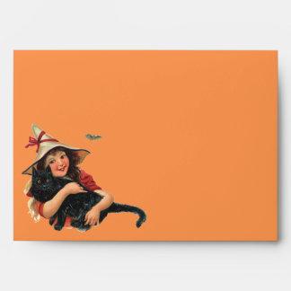 Vintage Halloween, bruja del chica con el gato Sobres