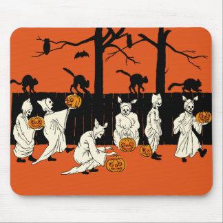 """Vintage Halloween """"espectros en el desfile"""" Mousep Alfombrilla De Raton"""