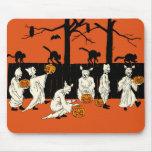 "Vintage Halloween ""espectros en el desfile"" Mousep Tapetes De Ratones"