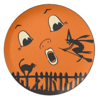 Vintage Halloween - Full Moon with Flying Witch Party Plate