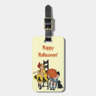 Vintage Halloween Scene Luggage Tags