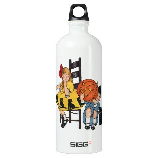 Vintage Halloween Scene SIGG Traveler 1.0L Water Bottle