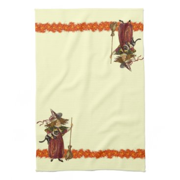 Halloween Themed Vintage Halloween Witch w Cat Towels