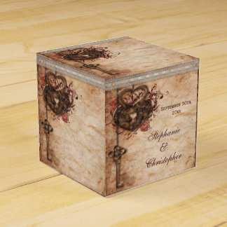 Vintage Hearts Lock and Key Wedding Thank You Favor Box