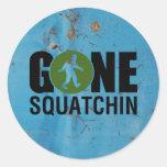 Vintage ido de Squatchin Pegatinas Redondas