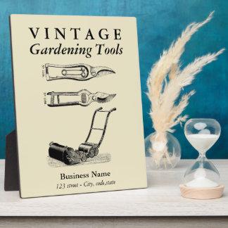 VINTAGE ILLUSTRATION Gardening Tool Pruners Plaque