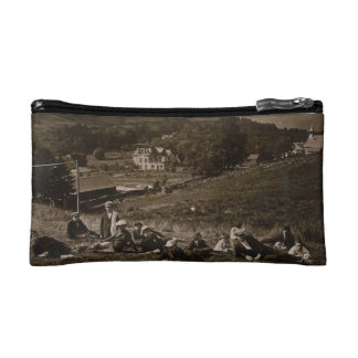 vintage image on a lovely accessory bag
