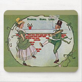 vintage irlandés de los bailarines mouse pad