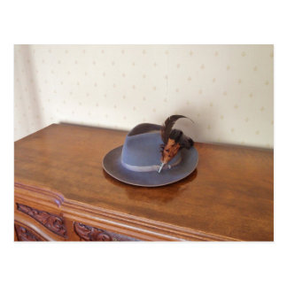 Vintage Italian Trilby With Feathers Postcard