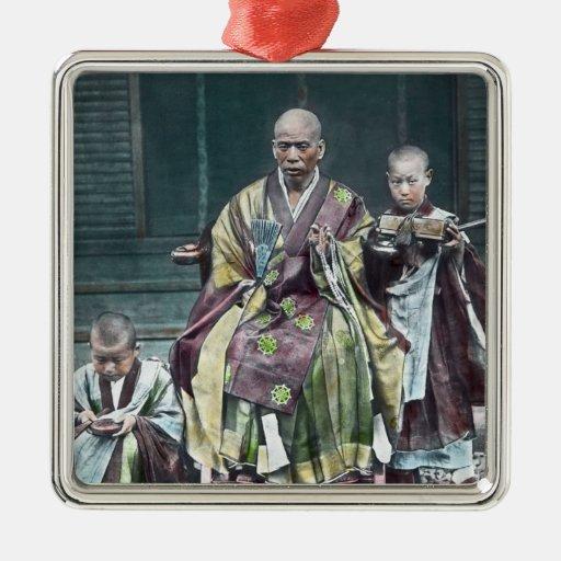 Vintage Japanese Buddhist Monks Japan 僧 Ornament