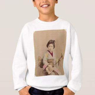 Vintage Japanese Geisha Playing Shamisen Sweatshirt