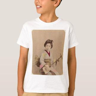 Vintage Japanese Geisha Playing Shamisen T-Shirt