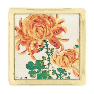 Vintage Japanese Painting of Chrysanthemums Gold Finish Lapel Pin