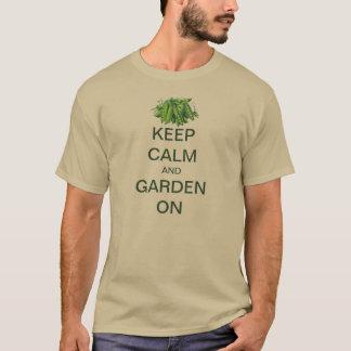 Vintage Keep Calm and Garden On Sugar Snap Peas T-Shirt