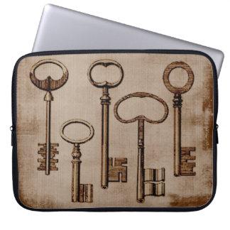 Vintage key design laptop sleeve