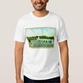 Vintage Kitsch Retro Postcard The Green Building T-shirt