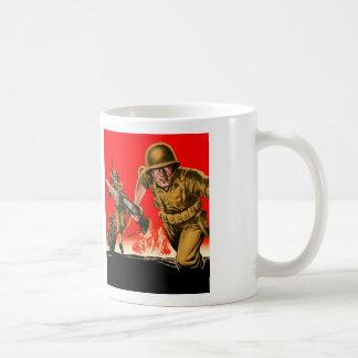 Vintage Kitsch WW2 Army Combat Soldiers Battle Art Mug