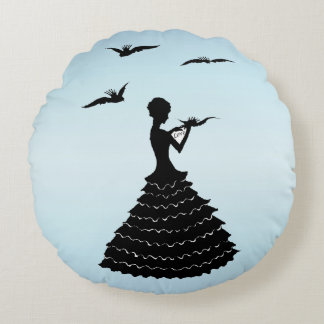 Vintage Lady Silhouette Love Letter Doves Round Pillow
