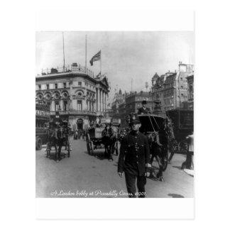 Vintage London Piccadilly Circus street scene 1901 Postcard