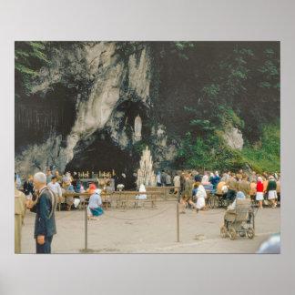 Vintage Lourdes, la gruta Póster