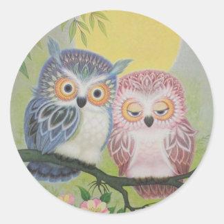 Vintage Love Owls Classic Round Sticker