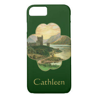Vintage Lucky Gold Shamrock with an Irish Castle iPhone 7 Case